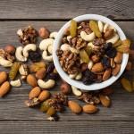 Perché mangiare la frutta secca